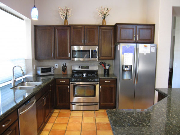 Custom Cabinets in Scottsdale AZ and Quartz Countertop Replacement