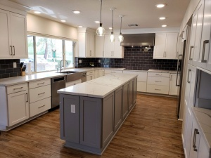 Custom Cabinets in Glendale, Peoria, Phoenix, Scottsdale, and Surprise, AZ